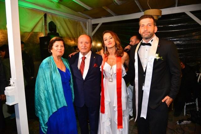 Uzunoğlu Ailesinin Mutlu Günü1_640x426